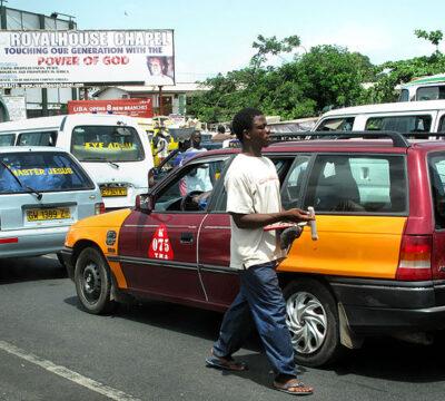 Accra_Traffic_(3587916998)